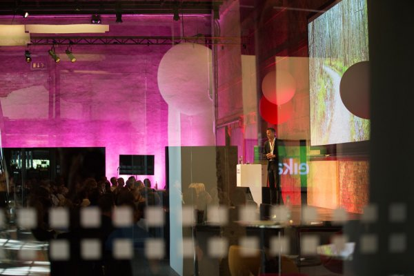 rosa_lys_hallen_doga_konferanse_event_arrangement_sverre-jarild